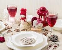 Romantisk afton för vinter på valentin dag Valentin dagtabl Royaltyfri Foto