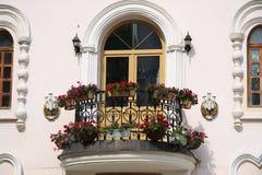 Romantisk balkong Arkivbilder