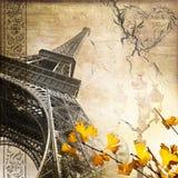 Romantisk Eiffeltorn för tappningParis collage arkivfoto