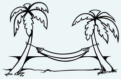 Romantisk hängmatta mellan palmträd stock illustrationer