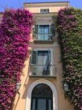Romantisk italiensk villa i Italien royaltyfri bild