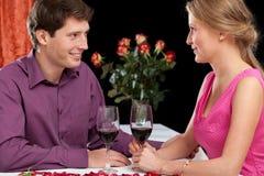 Romantisk matställe med vin Arkivbild