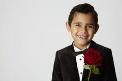 Romantisk pojke, stående Fotografering för Bildbyråer