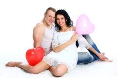 romantisk s valentin för ballongpar Arkivfoton