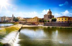 Romantisk sikt för konst i Florence italy Toscana; Gammal stad arkivfoton