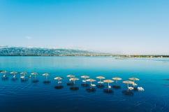 Romantisk strand - Nin, Kroatien Arkivbilder