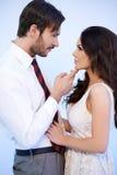Romantiska attraktiva kopplar ihop Arkivfoton