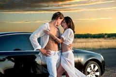 Romantiska par royaltyfri bild