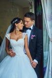 Romantiska par för bröllopdag Royaltyfri Bild