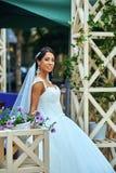 Romantiska par för bröllopdag Royaltyfria Bilder