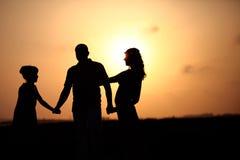 Romantiska par tillsammans Arkivbilder