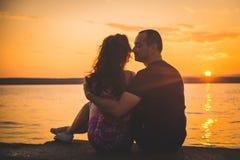 Romantiska parkonturer royaltyfria bilder