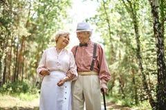 Romantiska pensionärer Royaltyfria Bilder