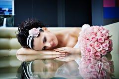 romantiskt bröllop för bukettbrud Royaltyfria Bilder