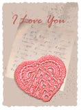 Romantiskt kort för tappning med hjärta Arkivfoton