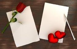 Romantiskt meddelande på trätabellmall Royaltyfri Fotografi