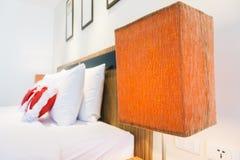 Sovrum vitt romantiskt : Romantiskt sovrum foton bilder fotografi