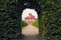 Romantiskt Troja slott Arkivfoto