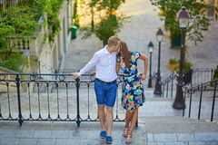 Romantyczna para na Montmartre Obraz Stock