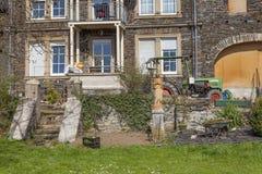 Romantyczni domy i ogródów stylowi Idylliczni miejsca Zdjęcia Royalty Free