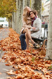 romantyczny pary datowanie Zdjęcia Royalty Free