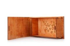 Romantyczny, uroczy pudełko dla dostawy, Drewniana skrzynka z obrazkiem odizolowywającym na białym tle Pudełko dla zabawek kosmos obraz stock