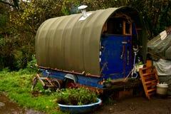 Romany Gypsy Caravan tradizionale, Totnes, Devon, Regno Unito fotografie stock libere da diritti