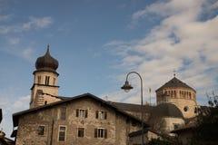 Romare - katolsk domkyrka i Trento, nordliga Italien Det är moen royaltyfria foton