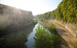 Rome, îlot Tiberina et la rivière du Tibre Images libres de droits