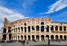 Rome antik sikt av coliseumen Arkivfoton