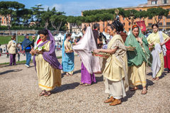 ROME - APRIL 22: Participants of  historic-dress procession prep Royalty Free Stock Images