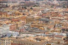 Rome cityscape - labyrint av byggnader Arkivfoto