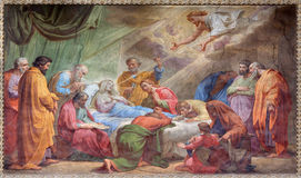 Rome - Dormitionen av den jungfruliga Mary freskomålningen i Basilika di Sant Agostino (Augustine) vid Pietro Gagliardi form 19 c Royaltyfri Fotografi