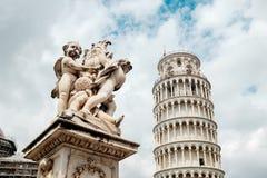 rome för italy navonapiazza lopp Arkitektur av Pisa Lutande torn av Pisa på en himmelbakgrund Arkivfoton