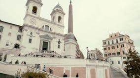 Rome - Februari 20: Vippa på ner av folk på Piazza di Spagna, Rome, Italien, 2018 lager videofilmer