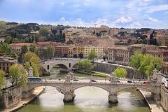 ROME, ITALIË - APRIL 17, 2010: Overweldigende mening aan de stad van Rome Stock Foto's