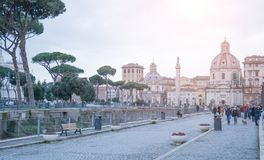 Rome, Italië - Februari 23, 2019: Cityscape van Rome straatmening stock fotografie