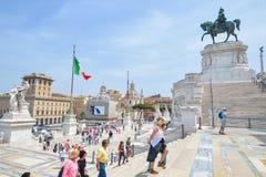 Rome, ITALIË - JUNI 01: Piazza Venezia en Victor Emmanuel II Monument in Rome, Italië op 01 Juni, 2016 Royalty-vrije Stock Afbeeldingen