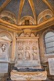 ROME, ITALIË - MAART 9, 2016: Het marmeren altaar van Costa-kapel in Di Santa Maria del Popolo van de kerkbasiliek Royalty-vrije Stock Afbeeldingen
