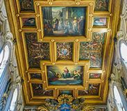 ROME, ITALIË 10 OKTOBER, 2017: Het Binnenlandse Plafond van Basi Stock Afbeeldingen