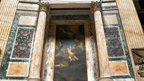 ROME, ITALIË 29 SEPTEMBER, 2015: geschoten van het schilderen en kolommen in het pantheon stock fotografie