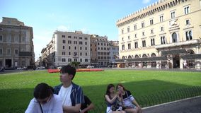 Rome, Italië - 22 06 2018: Vittorio Emanuele II bij Piazza Venezia, Piazza Venezia Toerisme in Rome stock video