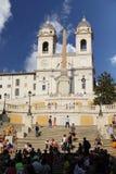 Rome, Italie - 1er septembre 2017 : Les belles étapes espagnoles ajustent dans un jour d'été photographie stock libre de droits