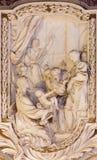 ROME, ITALIE - 10 MARS 2016 : Le soulagement de la scène de la vie de l'apôtre dans l'église Basilica di San Marco conçoit par Cl Photo stock