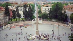 ROME ITALIEN 14 Augusti 2017: Piazza del Popolo fyrkant med folk som omkring går i Rome, Italien lager videofilmer