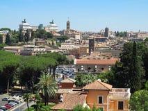 19 06 2017 Rome, Italien, Europa: Stor sityscape som ses från Avent Royaltyfria Foton