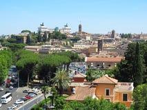 19 06 2017 Rome, Italien, Europa: Stor sityscape som ses från Avent Royaltyfria Bilder