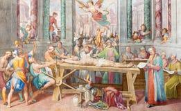 ROME ITALIEN, 2016: Freskomålningen av martyrskap av St Vitale i kyrkliga Basilika di San Vitale vid Tarquinio Ligustri & x28; 16 Royaltyfri Foto