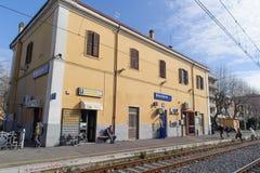 ROME ITALIEN - JANUARI 20, 2010: Bracciano station Arkivbild