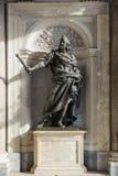 ROME ITALIEN - JANUARI 21, 2010: Bronsstaty av den Philip droppen av Sp Royaltyfri Foto